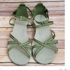 Keen La Paz ankle strap sandals sz 8.5